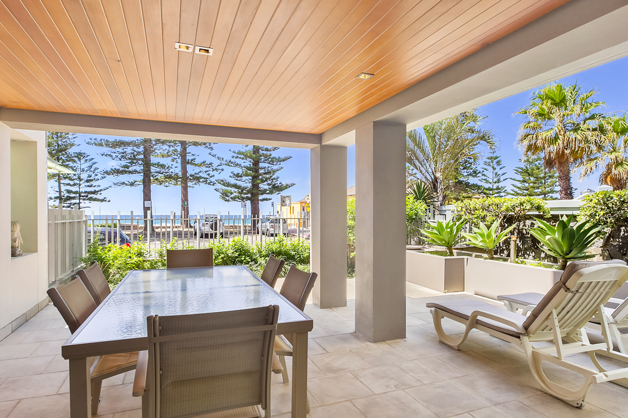 Atlantis executive 3 bedroom ground floor unit 1 manly surfside holiday apartments page 7